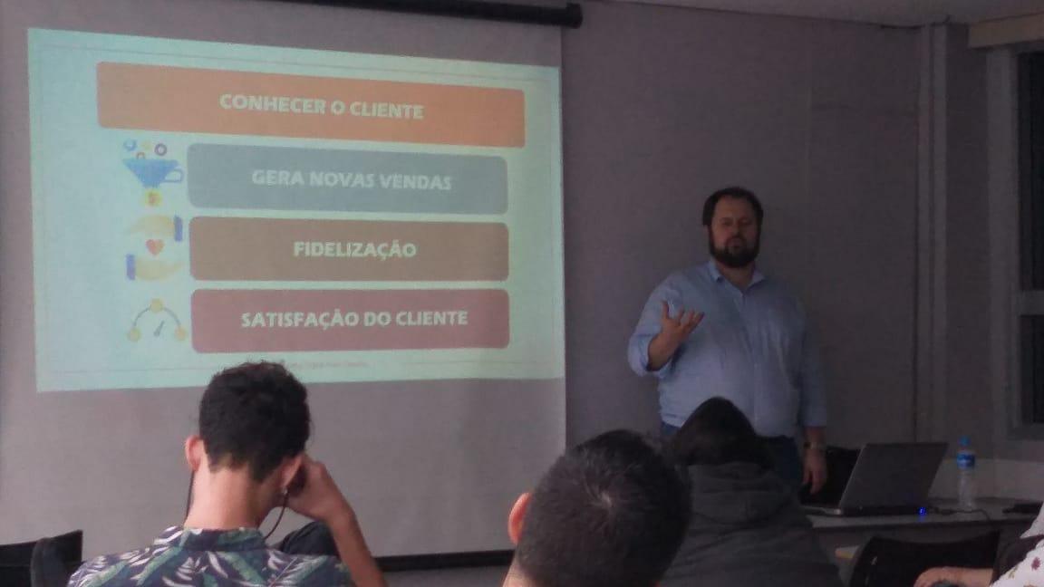 Marketing digital para Cinema: um novo público e novos produtos (Antonio Cruz Jr.)