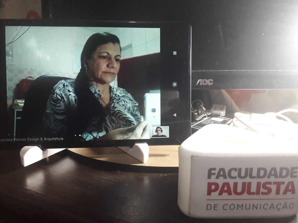 Professora Luciana e a Orientação de TCC para o 7º Semestre